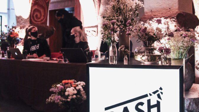 Dash Hack bjöd på hotellupplevelse för 150 studeranden