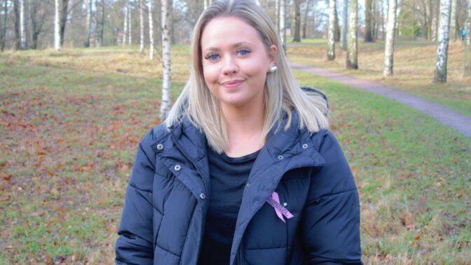 Johanna Smeds kämpar mot en hjärntumör – och samlar in tusentals euro för cancerforskning