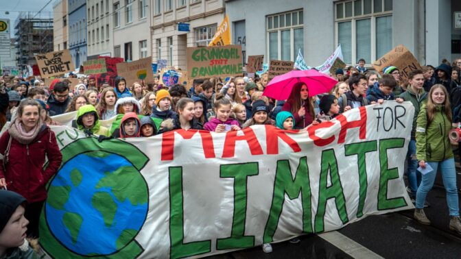 Cirkulär ekonomi och den pacifistiska klimatrörelsen